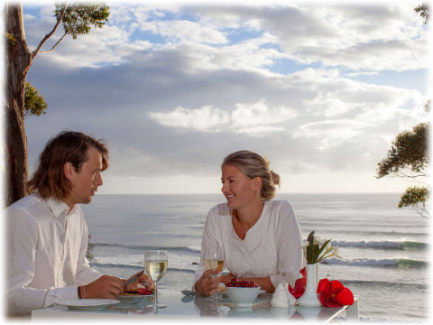 mollymook accommodation,mollymook holiday accommodation,accommodation in mollymook,mollymook,accommodation,luxury accommodation